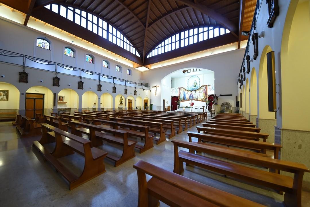 Banchi - Santuario Sant'Anna - Caserta